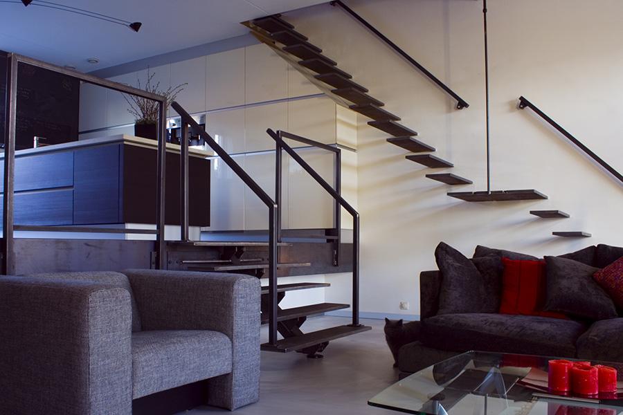 Zwevende Vloer Keuken : Zwevende metalen design trappen – Opdrachten in beeld Paardekooper